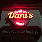 Dani's House Of Pizza