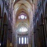 Cathedral de Saint-Jean-Baptiste, the central nave