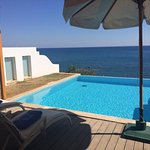 Deluxe sea front view room with private pool