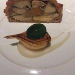 Tourte of organic chicken, foie gras and truffle roasting juices