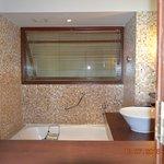 Bath Room, Allure Suite