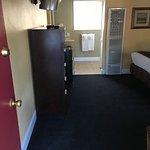 Monterey Peninsula Inn Image