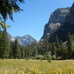 Zumwalt Meadow - Kings Canyon National Park
