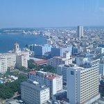 Panorámica de la ciudad de La Habana con el Hotel Nacional de Cuba