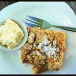 Apple Quarters Cafe