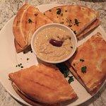 Pita & Hummus ; Calamari