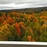 Photo de Holiday Inn Express Hotel & Suites Petoskey