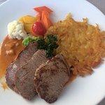 Menü heute: Zarte Kalbsschnitzel mit Rösti