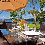 Lunch or dinner in the restaurant overlooking the Gulf of Chiriqui