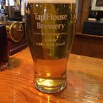 Tap House 'Gold'. A great hoppy beer !