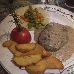 Photo de The Garden Cafe Restaurant & Bar