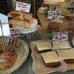 Lis Bake Shop Foto