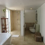 Very large bathroom in 2 bedroom bungalow