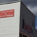 Foto de Old Hampton Store and BBQ