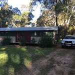 Photo de Dunsborough Rail Carriages & Farm Cottages