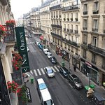 Photo de BEST WESTERN Paris Gare Saint Lazare