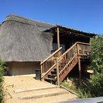 Photo de Matyholweni Rest Camp