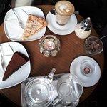 صورة فوتوغرافية لـ La Fee Bar Cafe