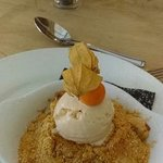 apple crumble & lavender ice-cream ( homemade )