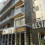 Photo de Hotel Cosmopolite