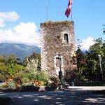 La torre che domina sul borgo.