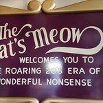صورة فوتوغرافية لـ The Cat's Meow