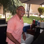 Kenneth: excellent bartender who took great care of everyone. It felt good to have him around.
