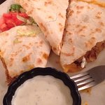 There for early dinner. I got sweet pork quesadilla & husband got fish tacos. Both delicious. Ni