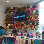 Foto di Dylan's Candy Bar