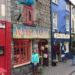 Photo de Galway's Latin Quarter