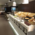 Breakfast buffet at S Cafe