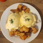 Crab Cakes Egg Benedict