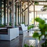 Дизайн cafe bar Vinograd вызовут у вас ощущения комфорта и уюта. Это стоит попробовать