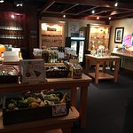 Upstairs Bistro - country cooking store
