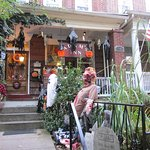 Halloween decorations - front entry/porch