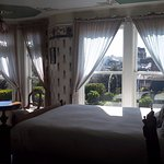 Lovely room with a garden view