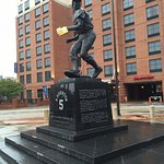 Brooks Robinson statue out front of the Hampton.