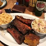 Memphis Ribs with coleslaw and mac and cheese