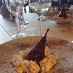 Homard succulent  Pour le 4em plat Et poire pochée en dessert 🍾