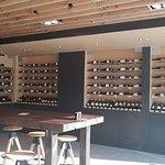 Vino Bar en Las Condes, un muy buens espacio para disfrutar con amigos vinos y quesos franceses