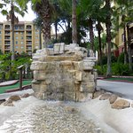 Fountain miniature golf