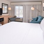 King Guestroom with Sofa Bed