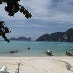 Phi Phi Bayview Resort Resmi