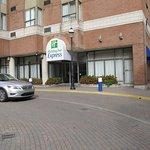 Photo de Holiday Inn Express Toronto Downtown