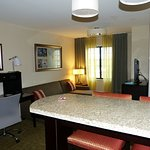 Photo de Staybridge Suites Syracuse/Liverpool