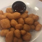 Cheese curds plain- the raspberry dipping sauce was awesome.