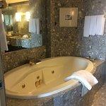 Room 2802 harbour suite