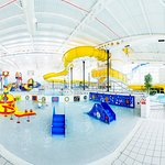 A lovely wide shot of our splashtastic indoor water park.