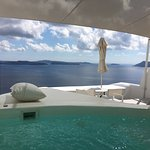 Private veranda and plunge pool jacuzzi in Honeymoon Suite