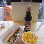 Black Angus Dog with Mac and cheese + root beer